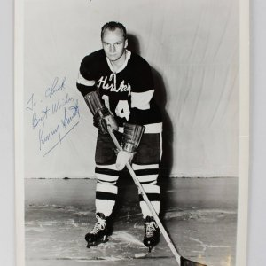 Boston Bruins - Kenneth Smith Signed 8x10 Photo - COA