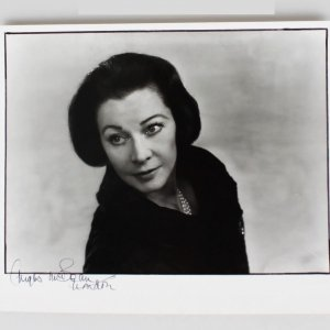 Photographer - Angus McBean Signed 11x13 Photo of Vivien Leigh - JSA