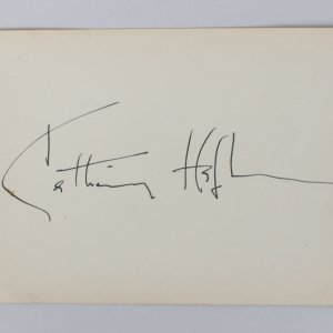 Guess Who's Coming To Dinner - Katharine Hepburn Signed 4x6 Cut (JSA COA)