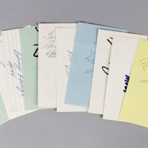 Boston Celtics Signed 3x5 Index Card Lot (6) - Tom Heinsohn, K.C. Jones, Johnny Most etc. (JSA)