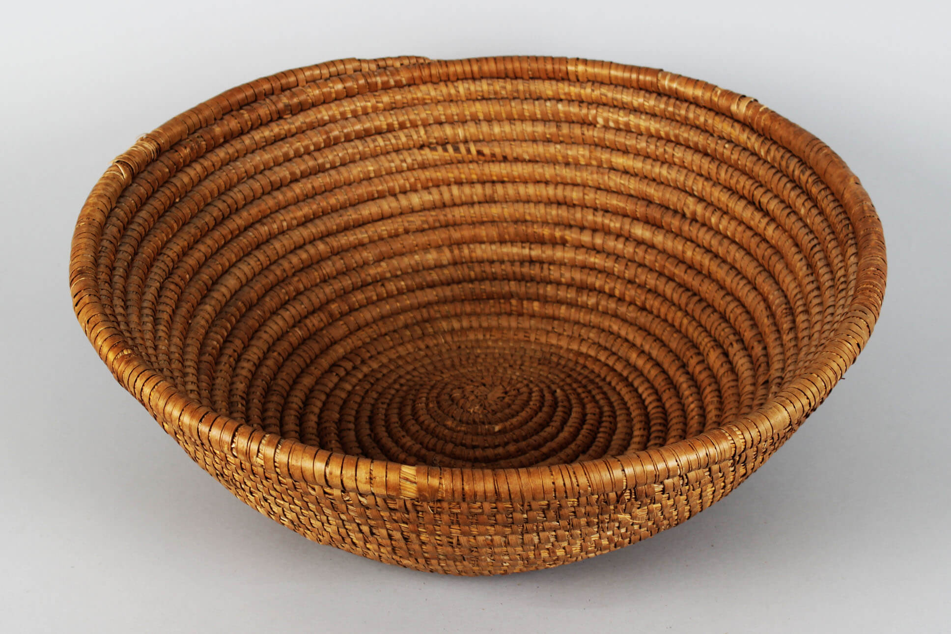 Shoshone Native Indian Bowl Large Weaved Basket58047_01