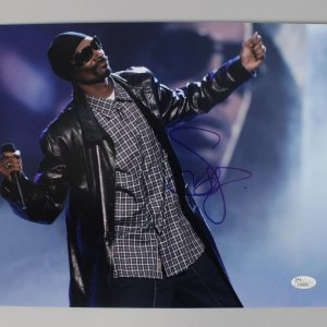 Rap Hip Hop Singer Snoop Dogg Signed Autographed 11x14 Photo - COA JSA