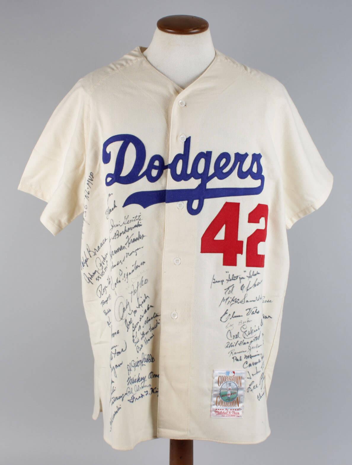 Brooklyn Dodgers Team-Signed Mitchell   Ness Jackie Robinson Jersey (51  Sigs) – JSA c06489693f1