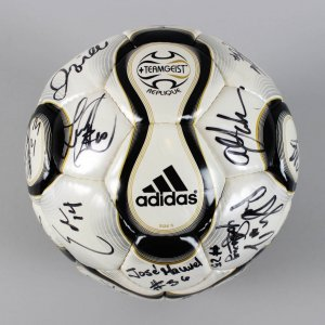 2008 Los Angeles Galaxy Team Signed Soccer Ball - David Beckham, Landon Donovan & Others - JSA