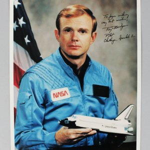 Astronaut - Roy Bridges Signed & Inscribed 8x10 Photo - COA (Holo7485)