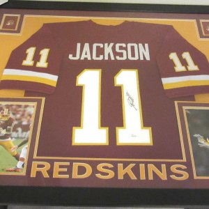 DESEAN JACKSON AUTHENTIC AUTOGRAPHED FRAMED & MATTED WASHINGTON REDSKINS JERSEY