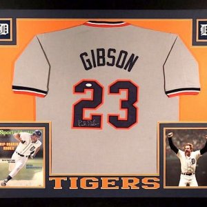 KIRK GIBSON AUTOGRAPHED FRAMED / MATTED DETROIT TIGERS JERSEY