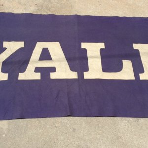 Vintage 1920's VERY LARGE YALE UNIVERSITY SCHOOL DISPLAY BANNER -RARE!