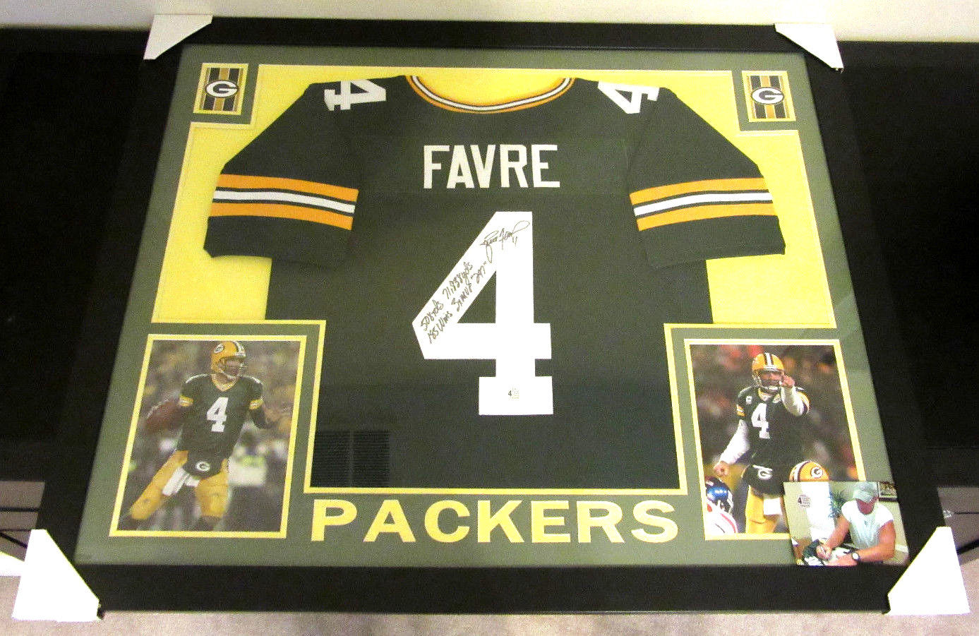 size 40 31415 13aaa BRETT FAVRE AUTHENTIC AUTOGRAPHED FRAMED AND MATTED GREENBAY PACKERS JERSEY