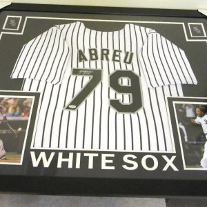 JOSE ABREAU AUTHENTIC AUTOGRAPHED FRAMED AND MATTED CHICAGO WHITE SOX JERSEY