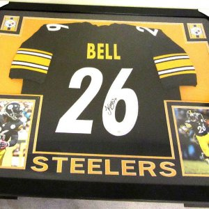 LE'VEON BELL AUTHENTIC AUTOGRAPHED FRAMED AND MATTED PITTSBURGH STEELERS JERSEY