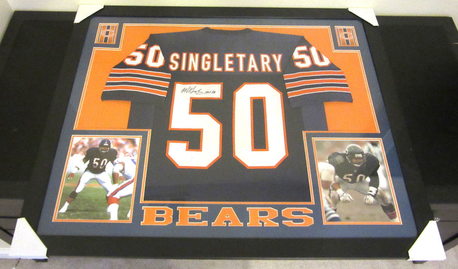 MIKE SINGLETARY AUTHENTIC AUTOGRAPHED FRAMED AND MATTED CHICAGO BEARS JERSEY