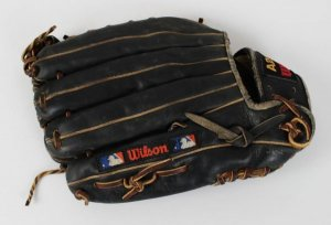 kirby puckett game used glove