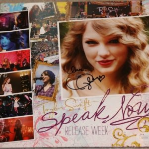 TAYLOR SWIFT hand signed RELEASE WEEK BOOK JSA COA