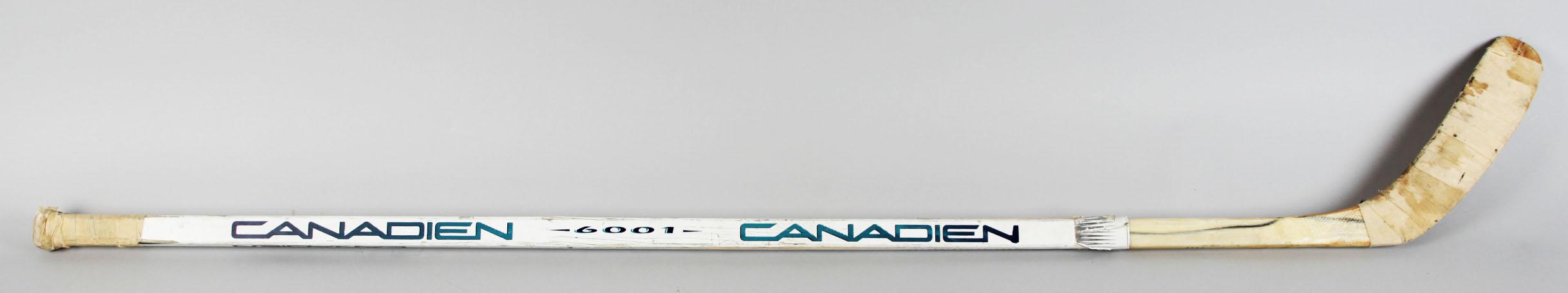 1991-93 San Jose Sharks – Kelly Kisio Game-Used Hockey Stick – COA65561_01