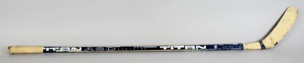 Toronto Maple Leafs -HOFer- Doug Gilmour Game-Used, Signed Hockey Stick - COA