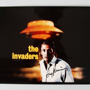 The Invaders - Roy Thinnes Signed 8x10 Photo - COA