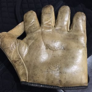 1908 Reach 1″ Web Glove 4G Store Model Fielders Mitt