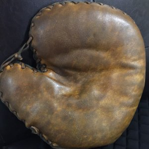 1920  1″ Professional Model Baseman's Glove