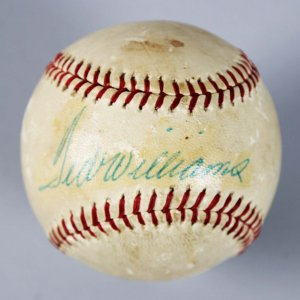 Boston Red Sox - Ted Williams Signed Vintage Baseball - JSA Full LOA