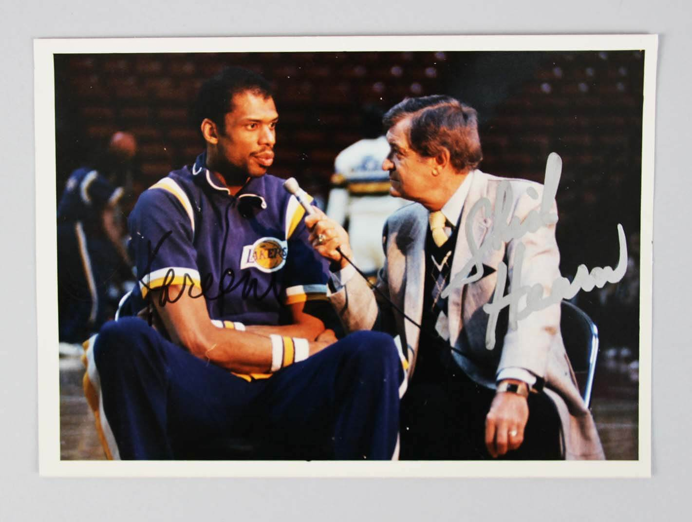 118380914 Lakers Chick Hearn   Kareem Signed 5″ x 7″ Color Photo – JSA Full Letter