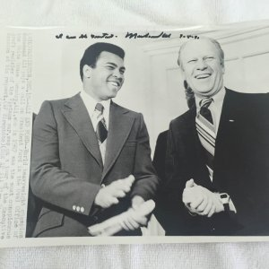 Muhammad Ali Signed, Inscribed, and Dated Vintage 8x10 Wire Photo with President Ford