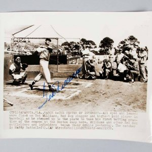 1950 Boston Red Sox Ted Williams Signed 8x10 B&W Wire Photo - JSA Full LOA