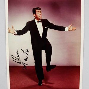 Actor Singer Rat Pack Dean Martin Signed 8x10 Photo - JSA Full Letter