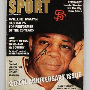 1966 San Francisco Giants - Willie Mays Signed Sport Magazine - JSA