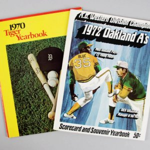1970 & 1972 - A's - Rollie Fingers & -Tigers - Denny McLain Signed Yearbooks - JSA