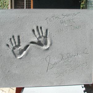 Sandra Bernhard Signed & Inscribed Original Cast of Concrete Handprint by Artist Franco Vecchio