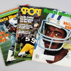 Dallas Cowboys - Tony Dorsett Signed Trio of Magazines Incl. (2) Sports Illustrated & (1) Sport - JSA