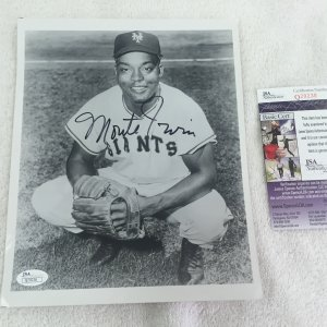 Whitey Ford New York Yankees Vintage Signed 8x10 Wire Photo JSA