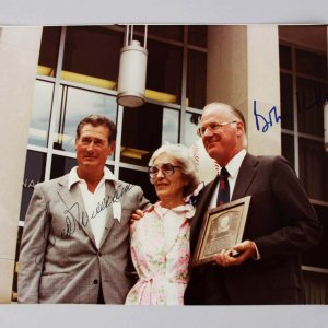 Ted Williams & Bowie Kuhn Signed 1969 HOF 8x10 Photo - JSA
