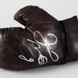 Floyd Mayweather, Jr. Signed Boxing Glove - JSA Full LOA