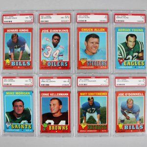 1971 Topps Football PSA Graded Card Lot (8) - Incl. Marty Schottenheimer, Chuck Allen etc.