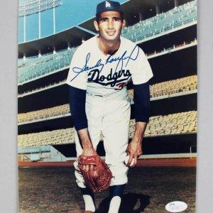 Los Angeles Dodgers - Sandy Koufax Signed 8x10 Photo - COA JSA