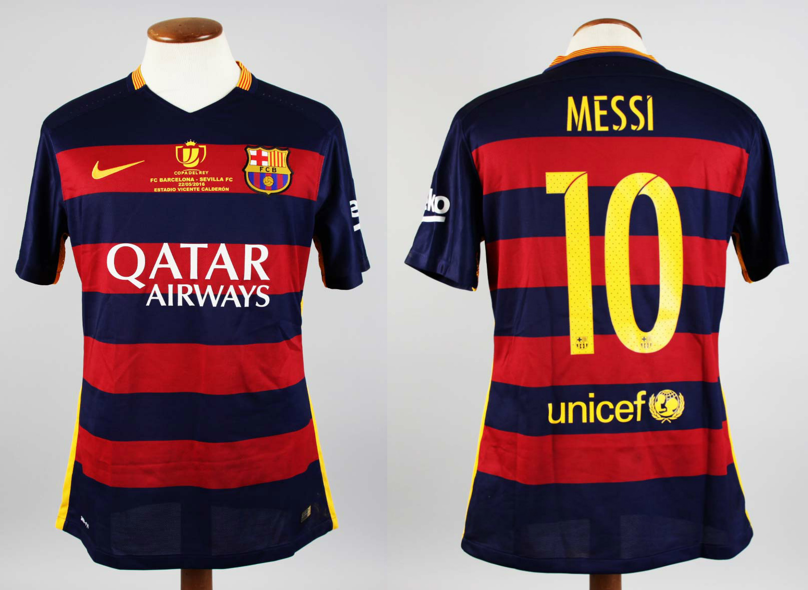 6ba4e3381a65c A Lionel Messi Game-Used & Unwashed #10 FC Barcelona Home Shirt ...