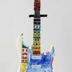 Shari Belafonte Signed Heart Strings Original Hand Painted Art Guitar LE 1/1 – JSA