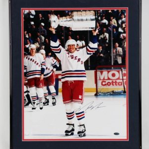 Mark Messier NY Rangers Signed 16x20 1993-94 Stanley Cup Photo Display - COA Steiner