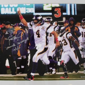 Brett Favre Signed 16x20 Vikings Photo W/ Inscriptions