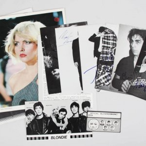 1977 Blondie & Original Band Signed by Deborah Harry & Chris Stien - JSA