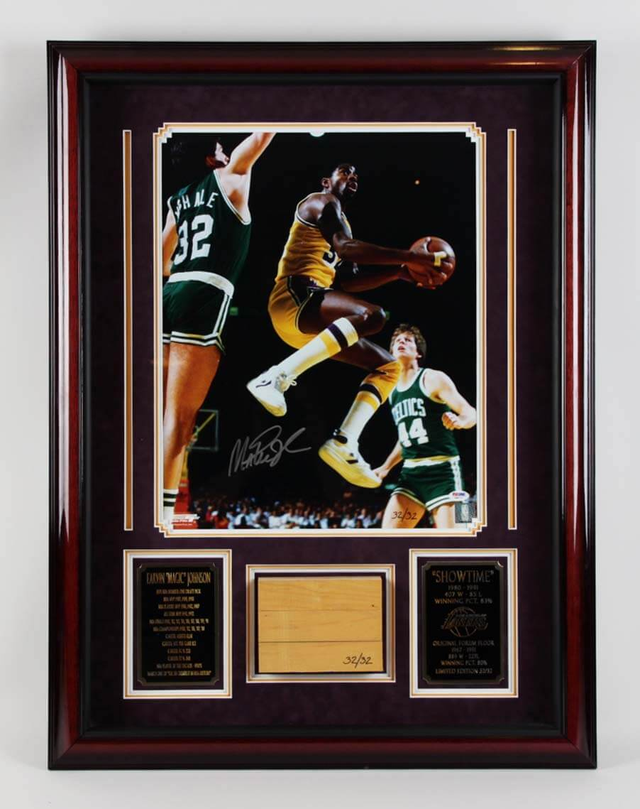Magic Johnson Lakers Signed  Photo Floor Board Game-Used Display - PSA/DNA