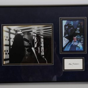 Star Wars - Dave Prowse - Darth Vader Card and Alex Guiness Cut Display - JSA