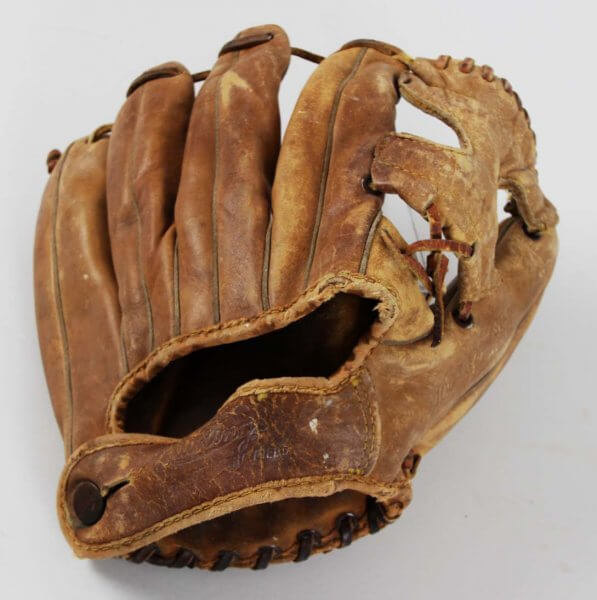 1958 Mickey Mantle MM9 Triple Crown Signature Store Model New York Yankees Glove