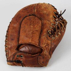 Circa 1938-43 Frank McCormick Model Vintage 1st Baseman's GoldSmith Glove Mitt