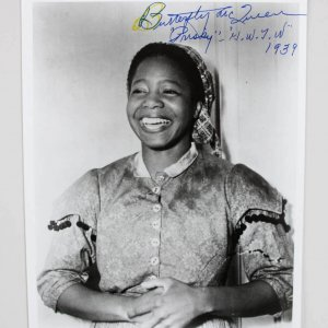 Butterfly McQueen Signed & Inscribed 8x10 B&W Photo - COA JSA