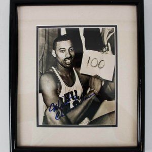 Wilt Chamberlain 76ers Signed 100 Shot 8x10 Photo - JSA