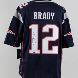 Tom Brady Signed New England Patriots Jersey - COA TriStar