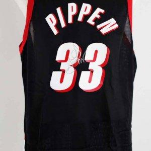 Scottie Pippen Signed Portland Trail Blazers Jersey - COA JSA